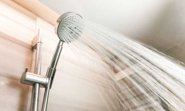 Hand Held Shower Head vs Standard Shower Head